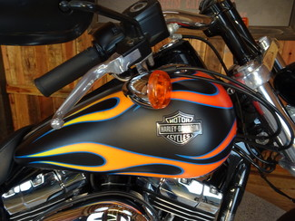 2015 Harley-Davidson Dyna® Wide Glide® Anaheim, California 7
