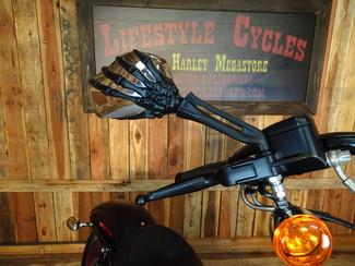 2015 Harley-Davidson Dyna® Street Bob FXDB Anaheim, California 15