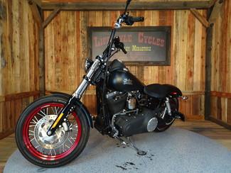2015 Harley-Davidson Dyna® Street Bob FXDB Anaheim, California 11