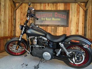 2015 Harley-Davidson Dyna® Street Bob FXDB Anaheim, California 9