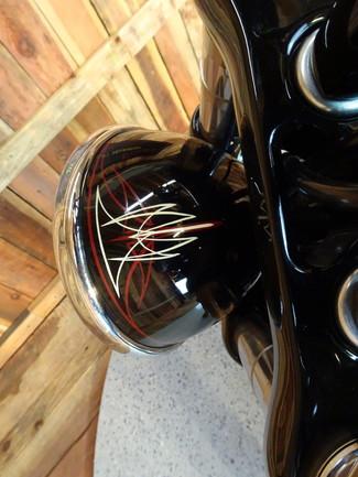 2015 Harley-Davidson Dyna® Street Bob FXDB Anaheim, California 34