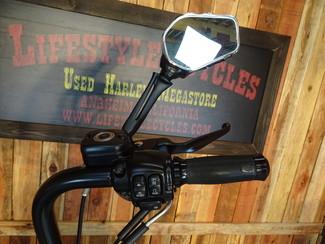 2015 Harley-Davidson Dyna® Street Bob FXDB Anaheim, California 35