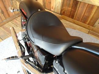 2015 Harley-Davidson Dyna® Street Bob FXDB Anaheim, California 37
