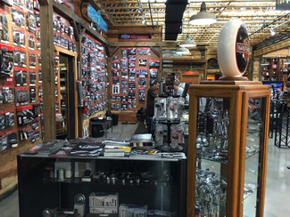 2015 Harley-Davidson Dyna® Street Bob FXDB Anaheim, California 46