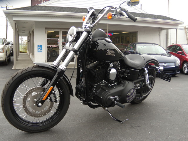 2015 Harley-Davidson Dyna® Street Bob® Ephrata, PA 6