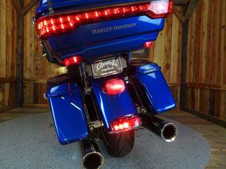 2015 Harley-Davidson Electra Glide® Anaheim, California 21