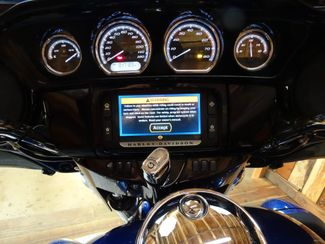 2015 Harley-Davidson Electra Glide® Anaheim, California 12