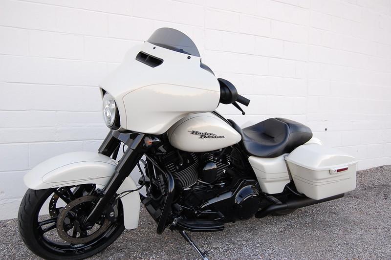 2015 Harley Davidson FLHXS STREET GLIDE SPECIAL FLHXS STREET GLIDE SPECIAL in Hurst, TX