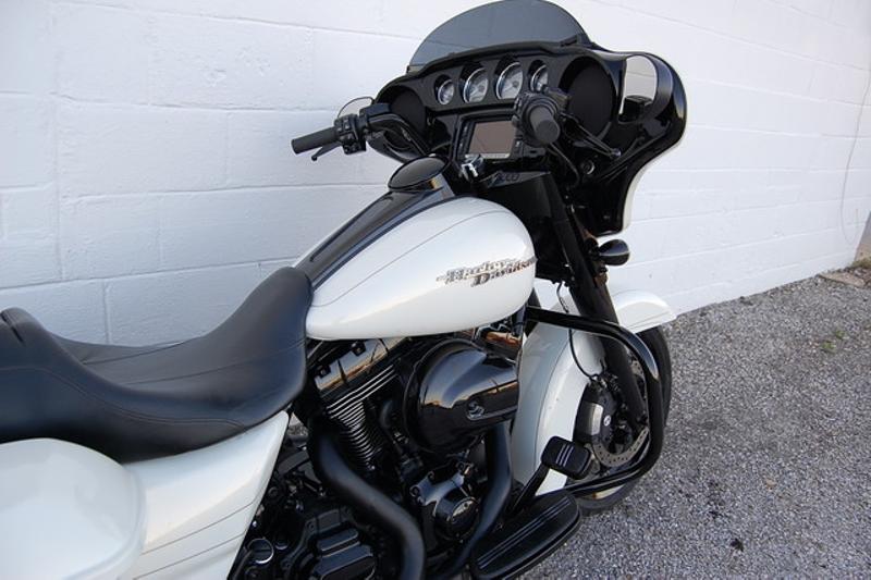 2015 Harley Davidson FLHXS STREET GLIDE SPECIAL FLHXS STREET GLIDE SPECIAL | Hurst, TX | Full Boar Cycles in Hurst, TX