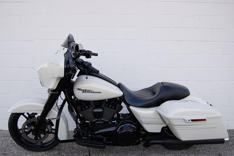 2015 Harley Davidson FLHXS STREET GLIDE SPECIAL FLHXS STREET GLIDE SPECIAL   Hurst, TX   Full Boar Cycles in Hurst, TX
