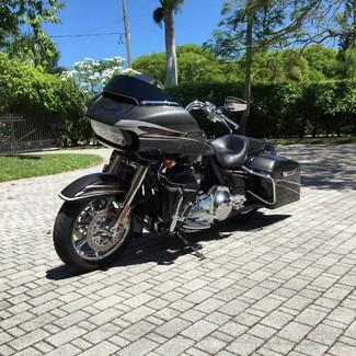 2015 Harley-Davidson Road Glide® CVO® Ultra Anaheim, California 2