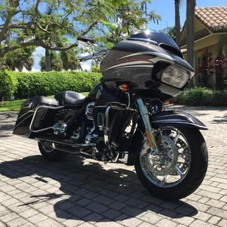 2015 Harley-Davidson Road Glide® CVO® Ultra Anaheim, California 3