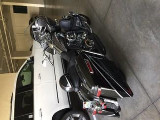 2015 Harley-Davidson Road Glide® CVO® Ultra Anaheim, California 5