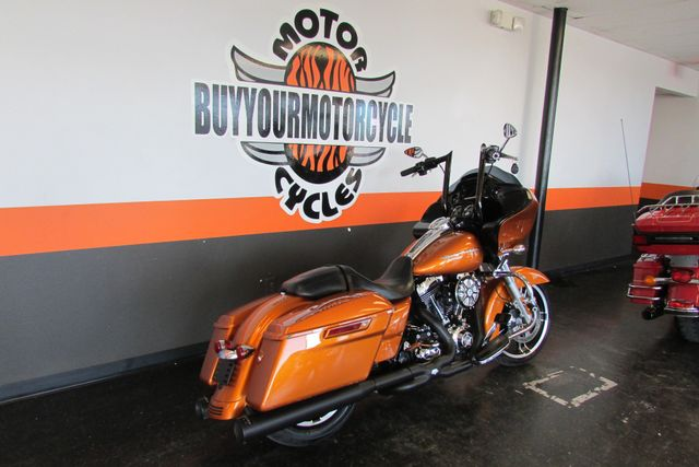2015 Harley-Davidson Road Glide® Base Arlington, Texas 1