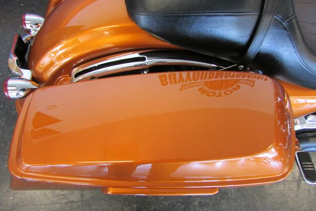 2015 Harley-Davidson Road Glide® Base Arlington, Texas 14