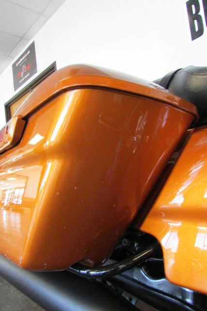 2015 Harley-Davidson Road Glide® Base Arlington, Texas 17