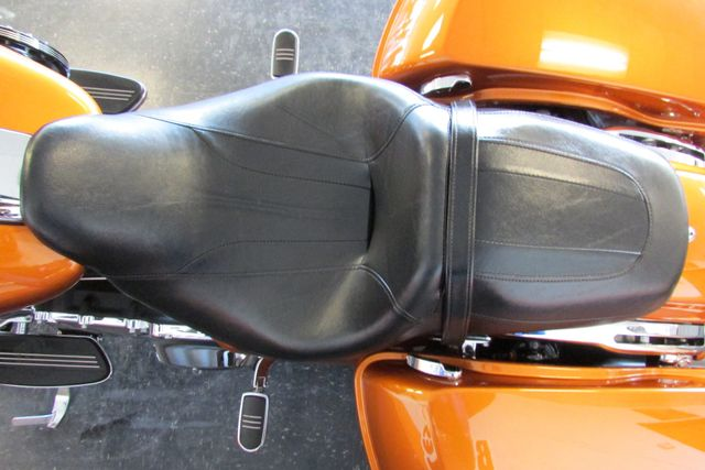 2015 Harley-Davidson Road Glide® Base Arlington, Texas 29