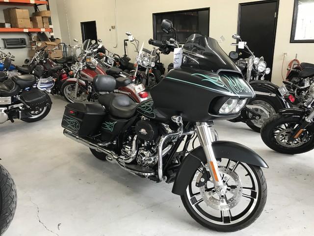 2015 Harley-Davidson Road Glide® Base Ogden, Utah 3
