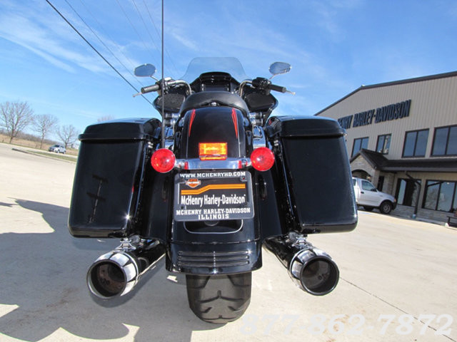 2015 Harley-Davidson ROAD GLIDE SPECIAL FLTRXS ROAD GLIDE SPECIAL McHenry, Illinois 6