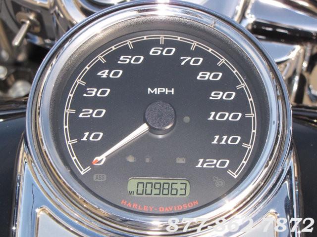 2015 Harley-Davidson ROAD KING FLHR ROAD KING FLHR McHenry, Illinois 12