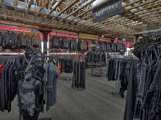2015 Harley-Davidson Softail® Heritage Softail® Classic Anaheim, California 12