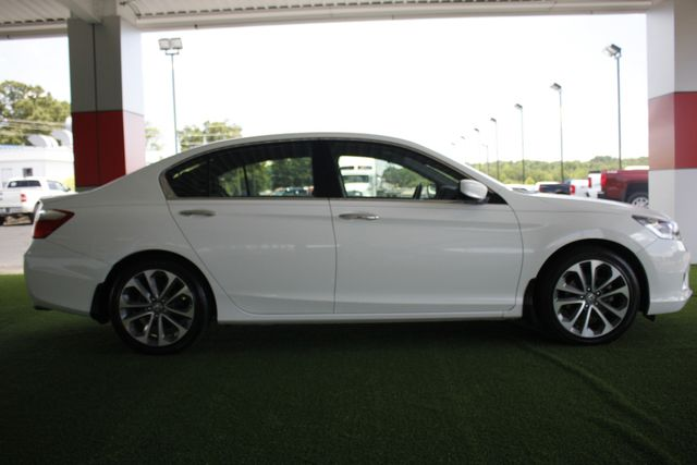 2015 Honda Accord Sport FWD - ONE OWNER! Mooresville , NC 14