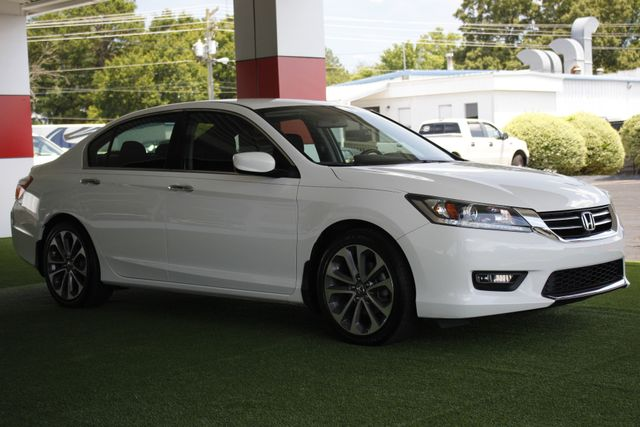 2015 Honda Accord Sport FWD - ONE OWNER! Mooresville , NC 21