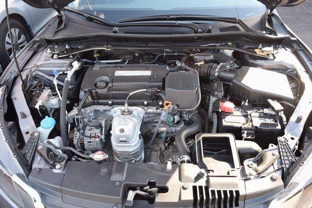 2015 Honda Accord EX-L Richmond Hill, New York 4