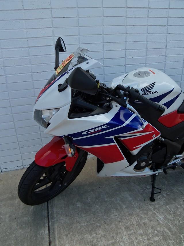 2015 Honda CBR® 300R Daytona Beach, FL 8