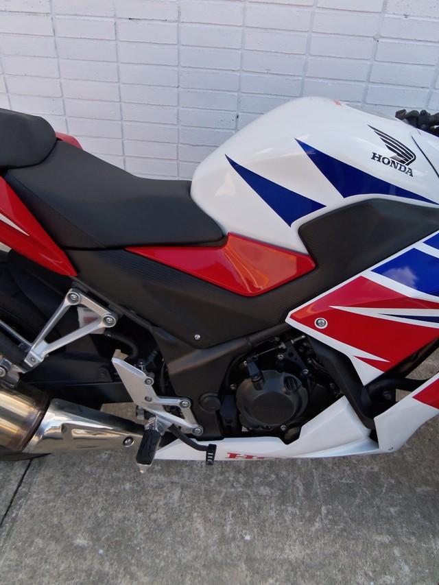 2015 Honda CBR® 300R Daytona Beach, FL 5