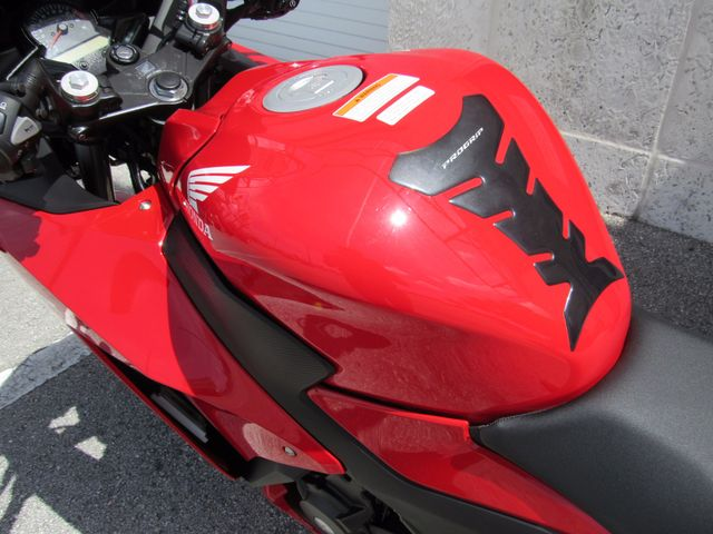 2015 Honda CBR300R Dania Beach, Florida 13