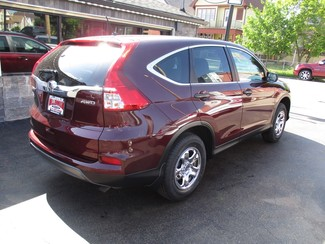 2015 Honda CR-V LX Milwaukee, Wisconsin 3