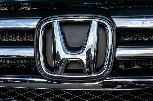 2015 Honda Pilot LX Reseda, CA 39