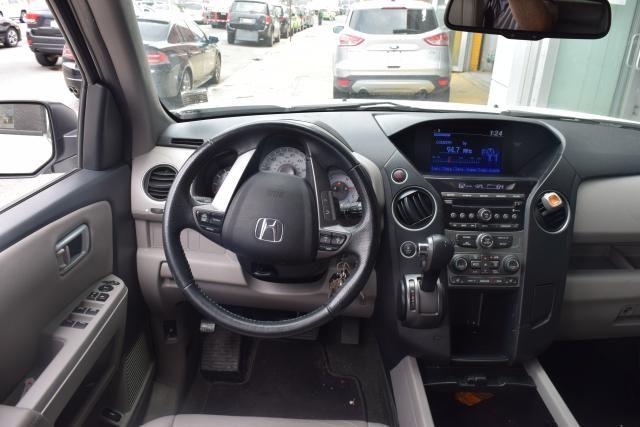 2015 Honda Pilot EX-L Richmond Hill, New York 9