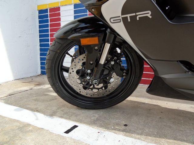 2015 Hyosung GT 650R Daytona Beach, FL 10