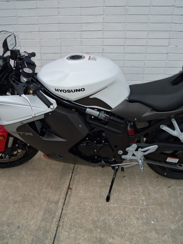 2015 hyosung gt 650r daytona beach fl pompano pat 39 s motorcycles. Black Bedroom Furniture Sets. Home Design Ideas