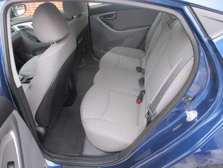 2015 Hyundai Elantra SE Farmington, Minnesota 3