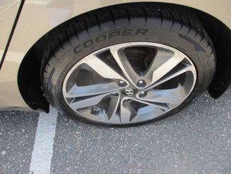 2015 Hyundai Elantra Limited Farmington, Minnesota 6