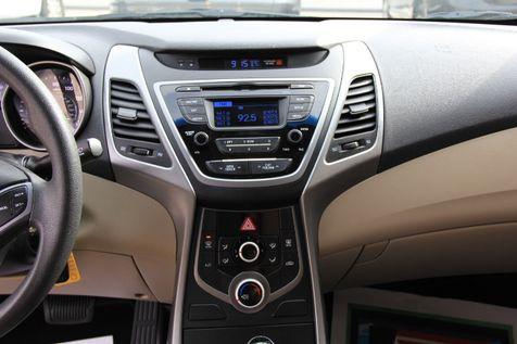 2015 Hyundai Elantra SE   Irving, Texas   Auto USA in Irving, Texas