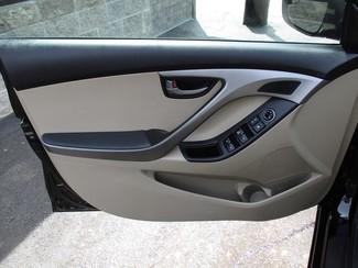 2015 Hyundai Elantra SE Milwaukee, Wisconsin 8