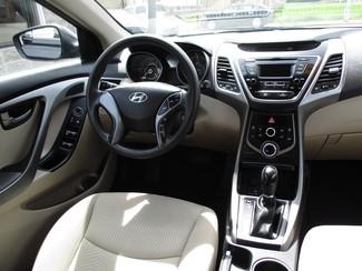 2015 Hyundai Elantra SE Milwaukee, Wisconsin 12
