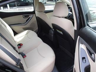 2015 Hyundai Elantra SE Milwaukee, Wisconsin 14