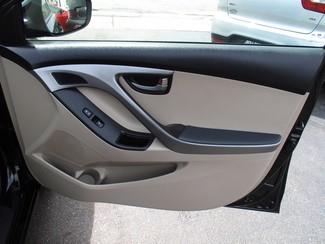 2015 Hyundai Elantra SE Milwaukee, Wisconsin 19