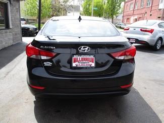 2015 Hyundai Elantra SE Milwaukee, Wisconsin 4