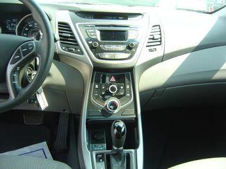 2015 Hyundai Elantra SE 6AT San Antonio, Texas 10