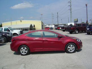2015 Hyundai Elantra SE 6AT San Antonio, Texas 4