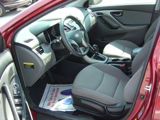 2015 Hyundai Elantra SE 6AT San Antonio, Texas 8