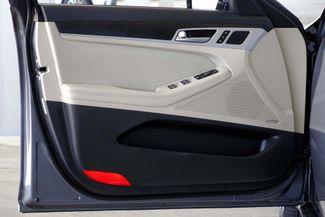 2015 Hyundai Genesis 5.0L V8 * Pano Roof * NAVI * Blind Spot * LOADED! Plano, Texas 42
