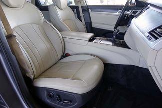 2015 Hyundai Genesis 5.0L V8 * Pano Roof * NAVI * Blind Spot * LOADED! Plano, Texas 13