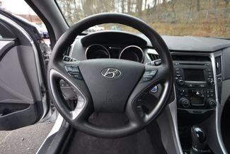 2015 Hyundai Sonata Hybrid Naugatuck, Connecticut 10